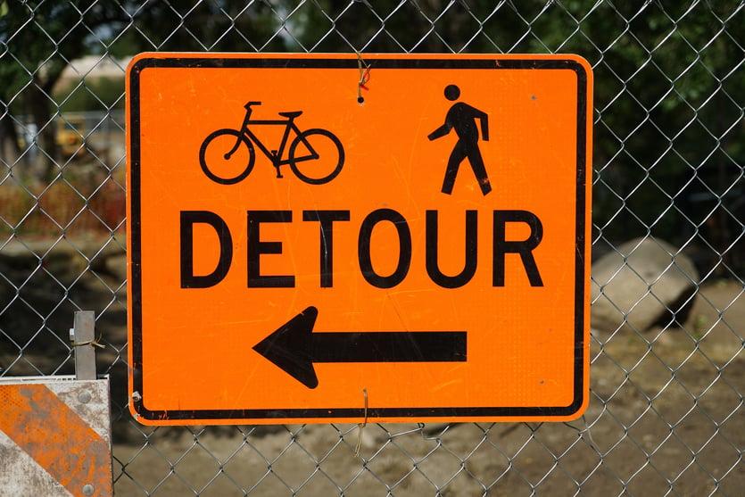 street-sign-2544176_1920